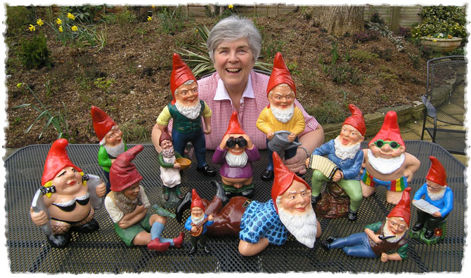 Gnome In Garden: Welcome To Gnomelands